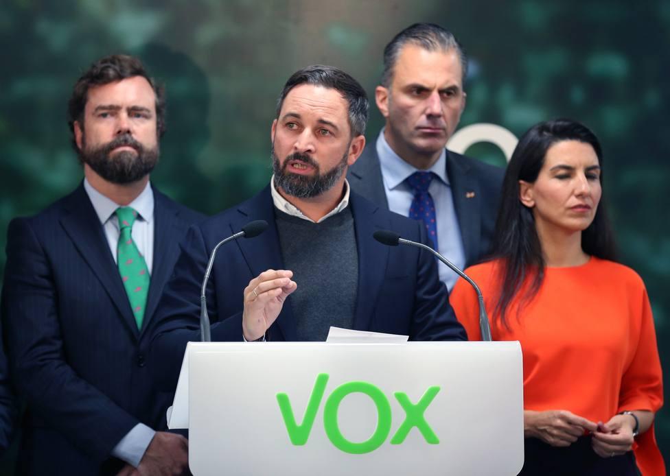 VOX advierte a PP y Ciudadanos, que o dejan de defender el colectivo Gay, o Madrid se quedará sin presupuestos.