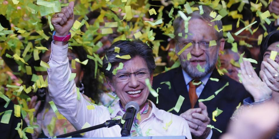 Bogotá y su primera alcaldesa lesbiana, ecologista y símbolo de la lucha hacia la corrupción.