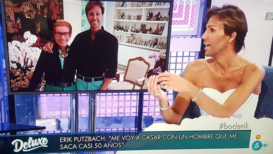 El estilista Erik Puztbach se viste de novia para anunciar en Sábado Deluxe que se casa con un millonario de 85 años
