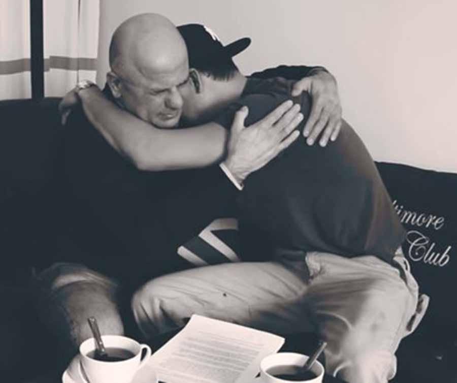 ¿Es posible la reconciliación entre un padre y un hijo después de tres años sin hablarse por ser gay?