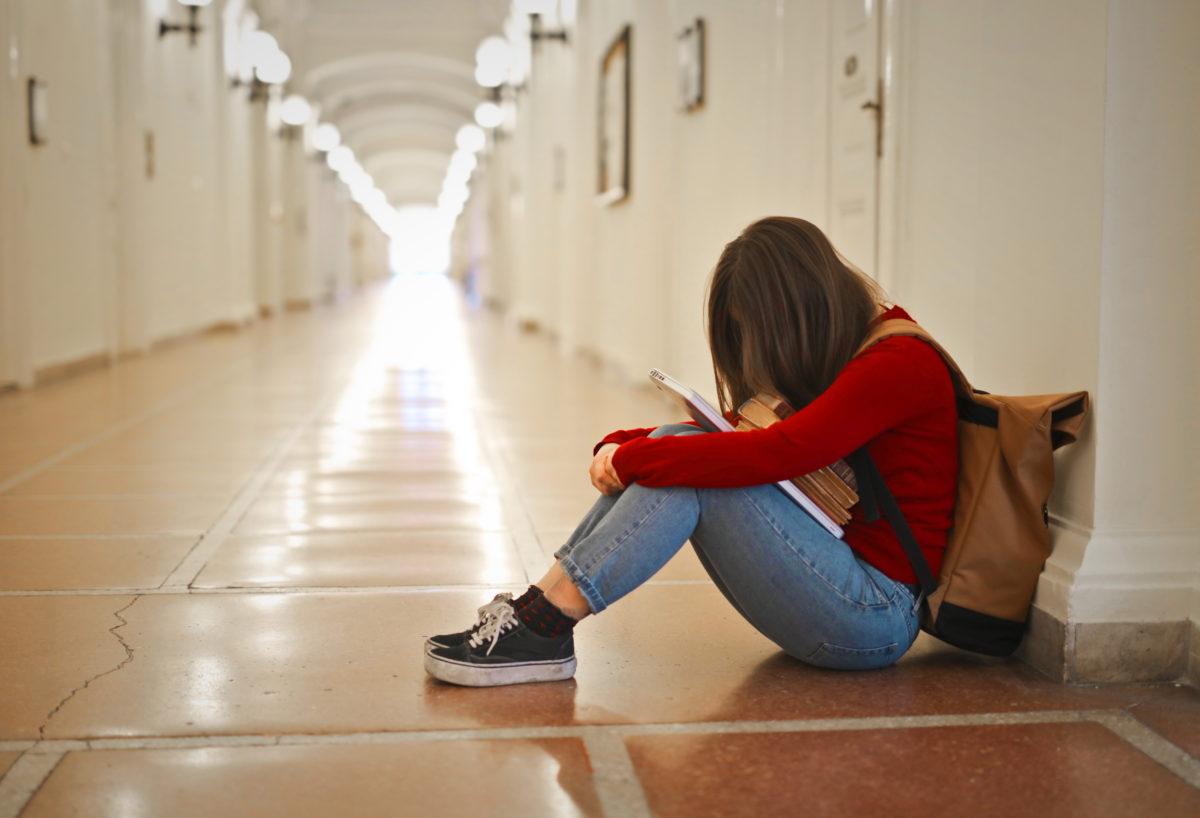 Una chica de 17 años se suicida en Galicia por sufrir acoso escolar por ser bisexual