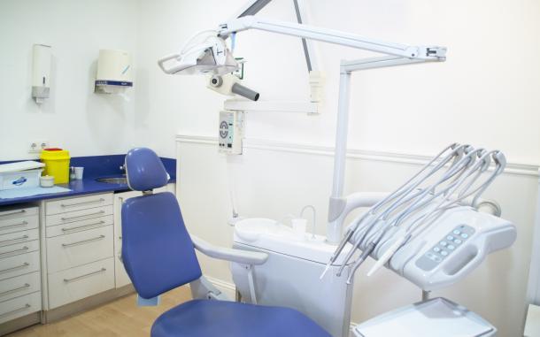 Clínica Dental Neopàtria