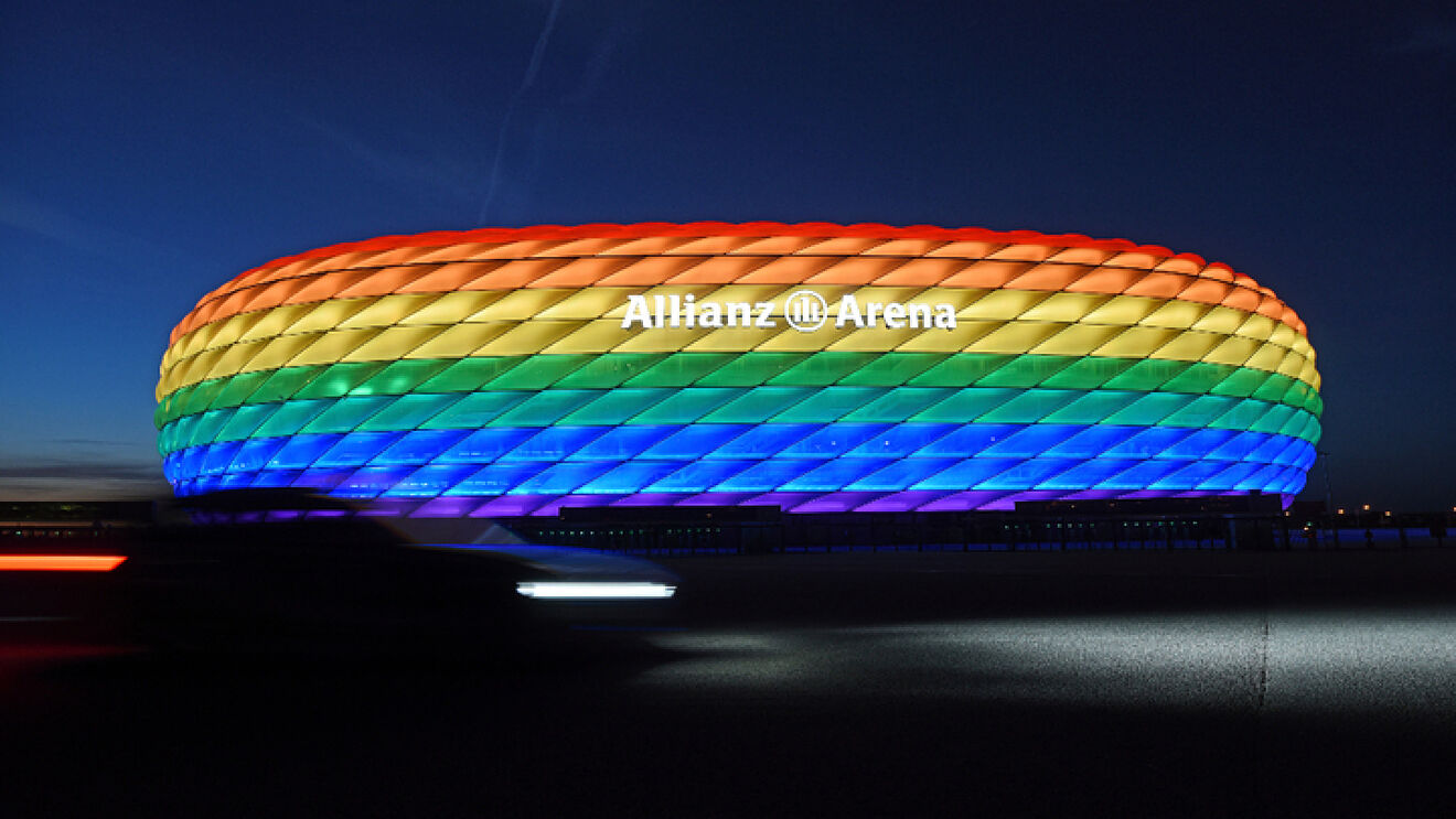 Los equipos alemanes desafían a la UEFA llenando todo de arcoíris