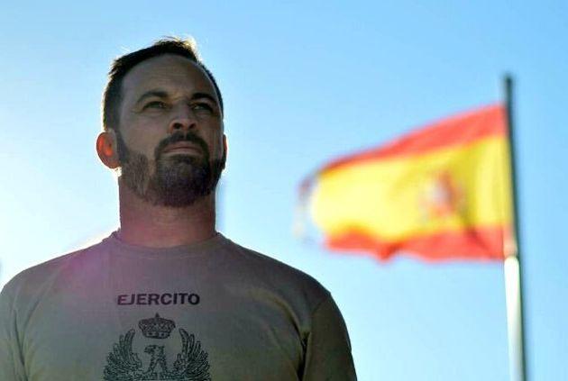 """VOX acusa al Gobierno de adoctrinar a las Fuerzas Armadas en """"ideología de género"""""""