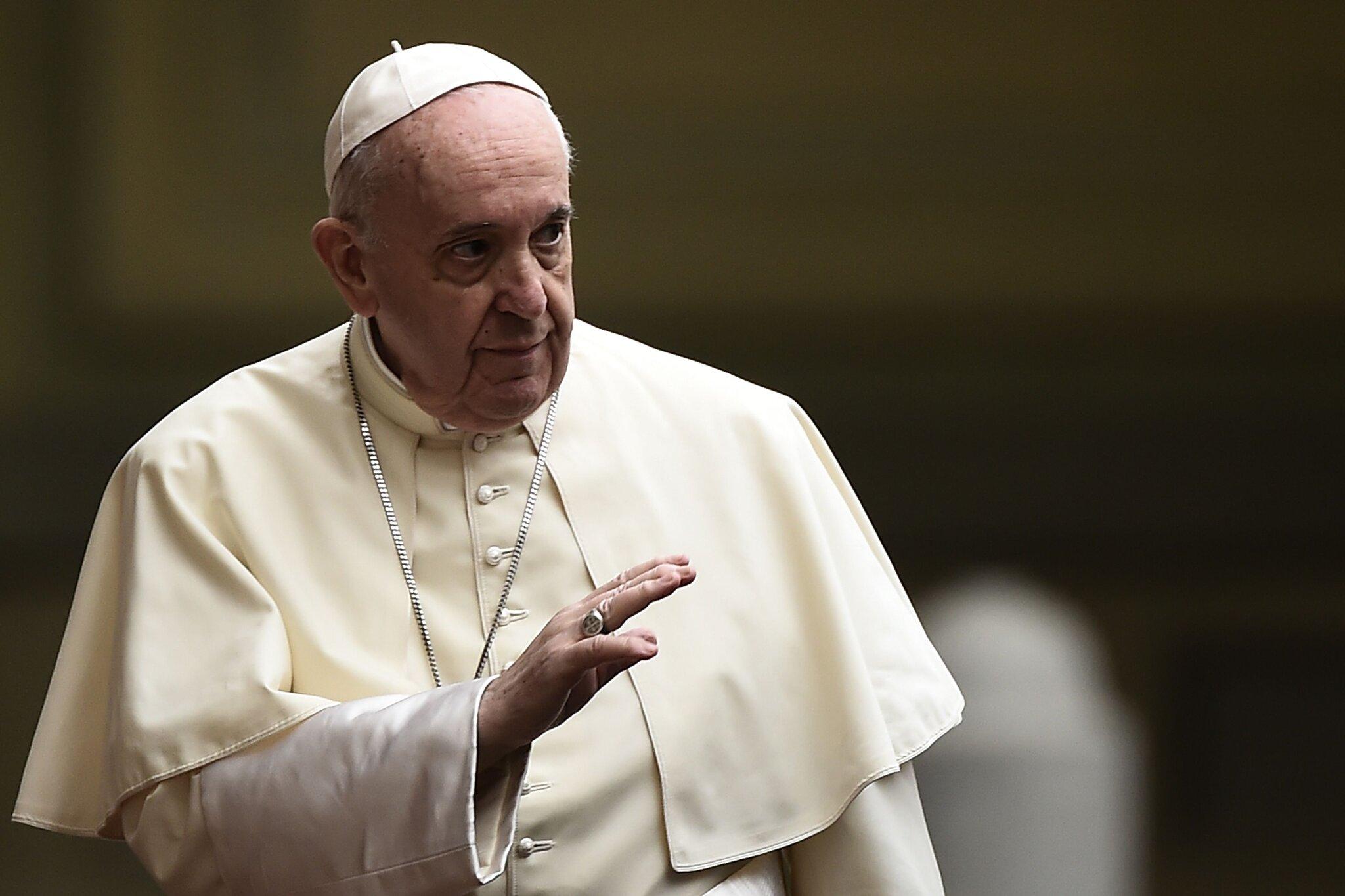 El Papa defiende leyes civiles para uniones homosexuales, pero no matrimonio
